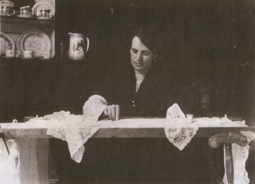 mrs collins making limerick lace. 1936. photo by veronica rowe currently exhibiting in fablab, school of architecture, university of limerick.