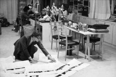 Yves Saint Laurent Paris atelier.1986. Photo via Fondation Pierre Bergé