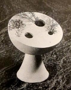 Vase. 1950