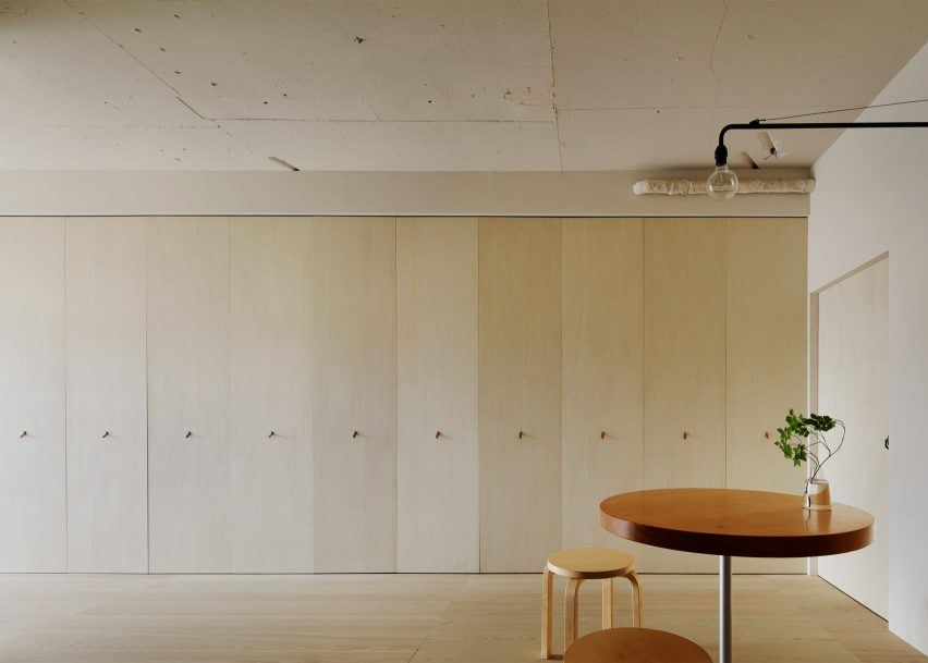 Kita-sando apartment, Tokyo, by Minorpoet