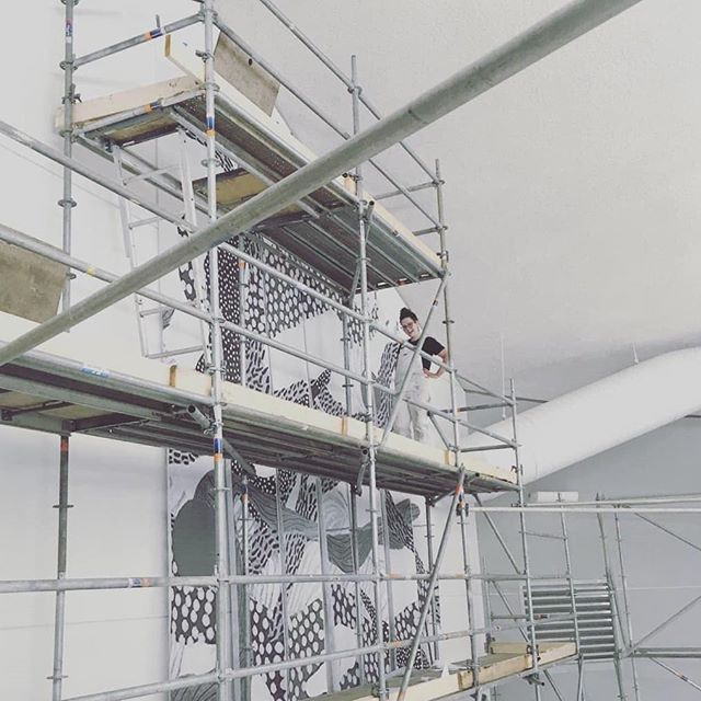 So excited to be helping the uber talented @veekeeweekee tackle this monster mural this coming week at the Jasper Place pool. (And bonus - this is the nicest scaffold i've ever worked on!) . . . . . . . #yegarts #yegdesign #mural #yegmurals #alwayshandpaint