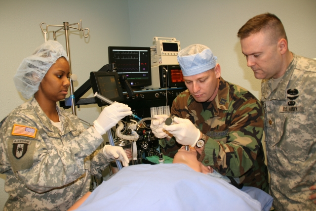 Independent CRNAs operate independently in front-line surgical hospitals throughout the world. Image courtesy of army.mil