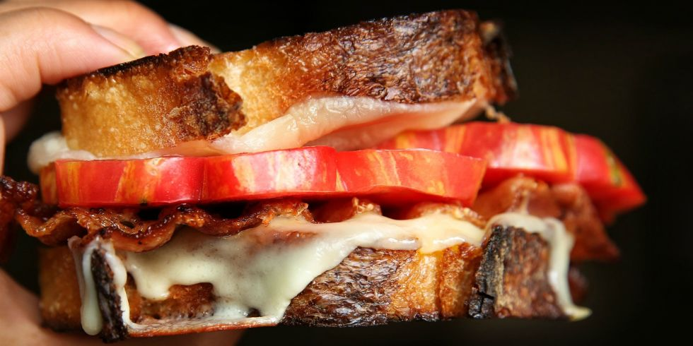 landscape-1470402403-heirloom-tomato-bacon-grilled-cheesel1.jpg