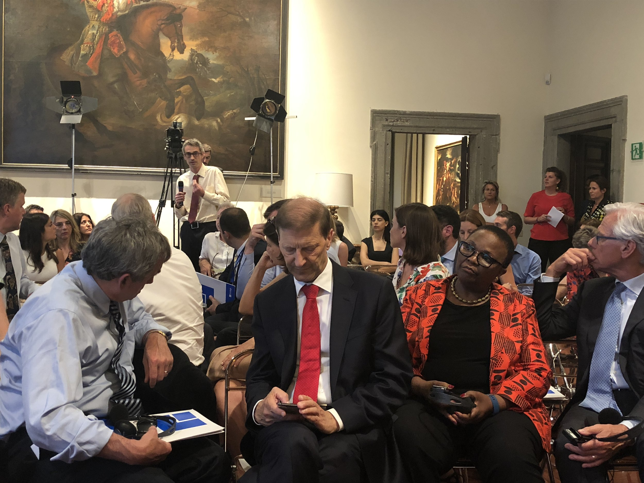 The reverse shot: (L-R) American Ambassador Thomas Miller; Swiss Ambassador Giancarlo Kessler, Judge Sanji Monageng, Knut Vollebaek. The Embassy of Switzerland, Rome. 11 June 2018.