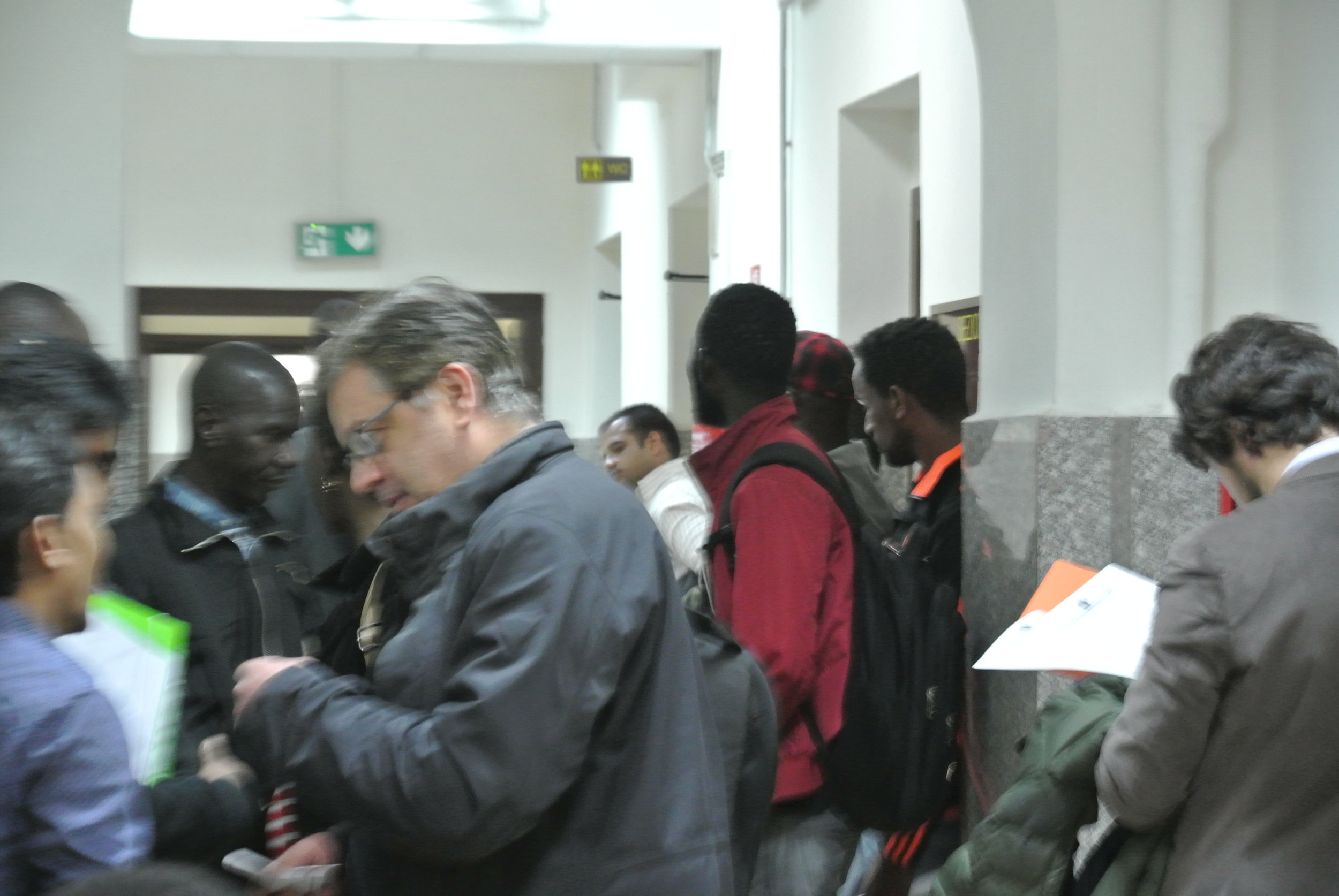 The chaotic corridor at the  Tribunale . Rome, Italy; 24 April 2018. © Pamela Kerpius
