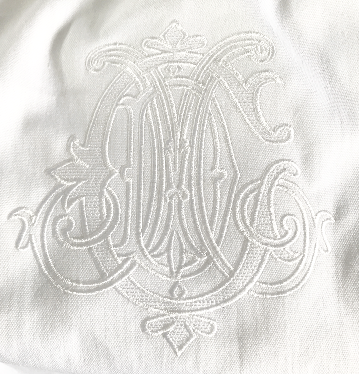 z3-letter embroidery.png