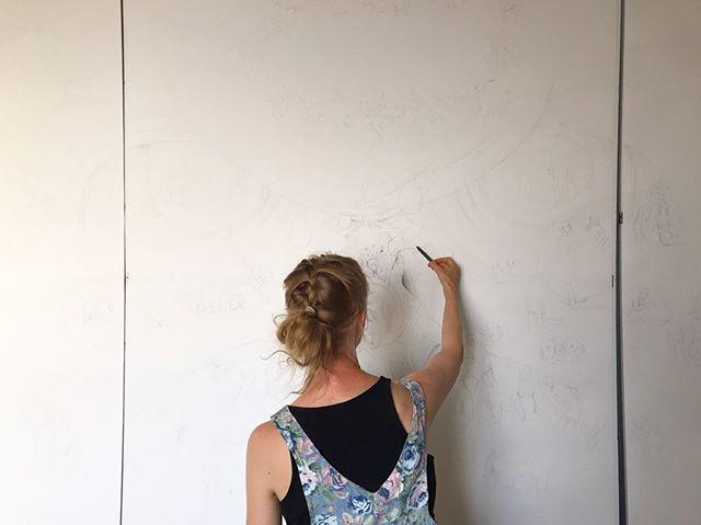 Drawing makes you happy 😘  #narsresidency #newyork #eevahonkanen #narsfoundation #artistinresidency • • • • • #art #artist #nyc #brooklyn #drawing #inkpen #pen #pencil #paper #inkonpaper #inkdrawing #draw #pencilart #emoji #blackandwhite #view #studio #taide #piirros #finland #artwork #work #marker #newyorkcity #sketch