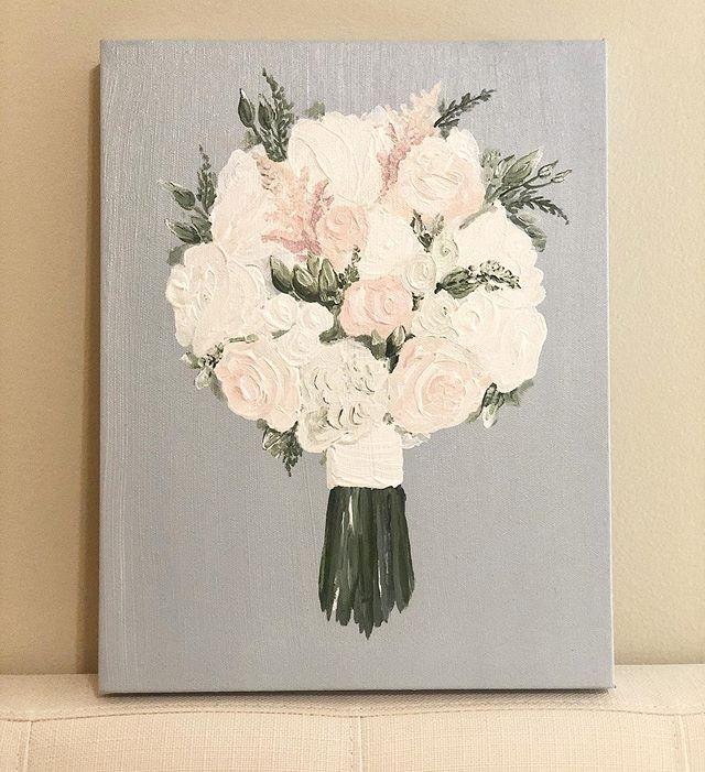 Back to the bouquets!!!! Taking Christmas orders now. 🥰  #bridalbouquet #weddingflorals #artistsofinstagram #southernweddings #fairhopeweddings #fairhopeflorist #weddingphotography #weddinginspiration #weddingflorist