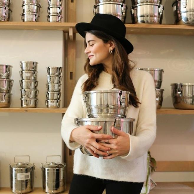 lauren singer - Founder of Package Free Shop, Lauren has dedicated her career to helping people lower their waste in everyday life.@trashisfortossers