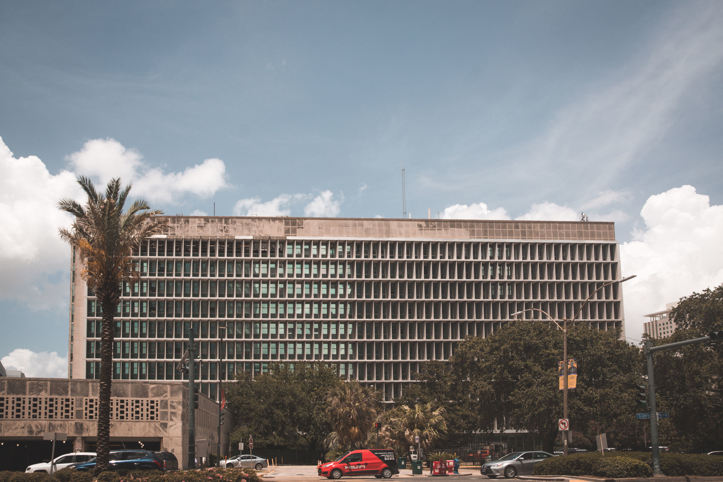 New Orleans_Miel Brewery_July 2018_City Hall from Poydras