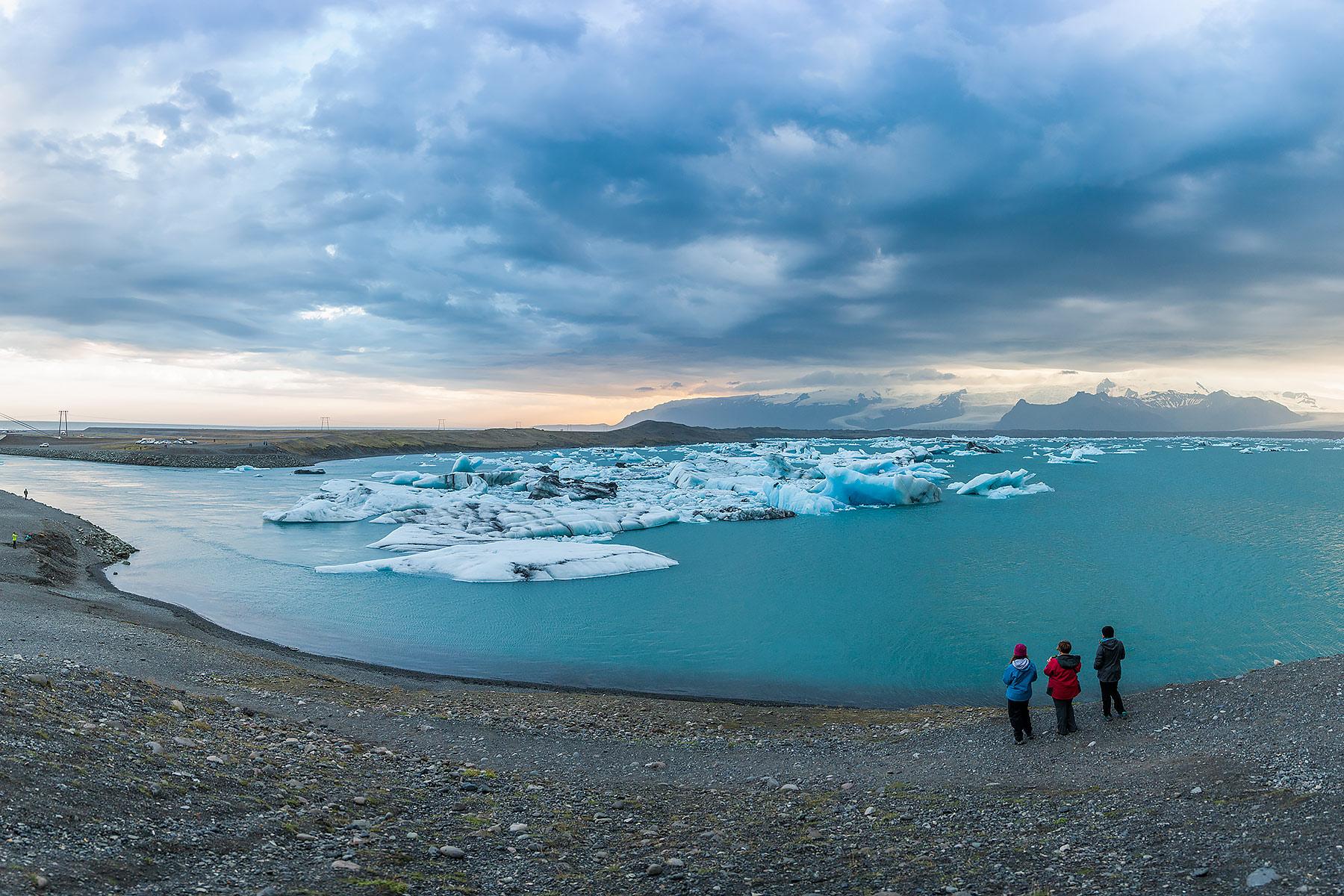 glacierlagooniceland2.jpg