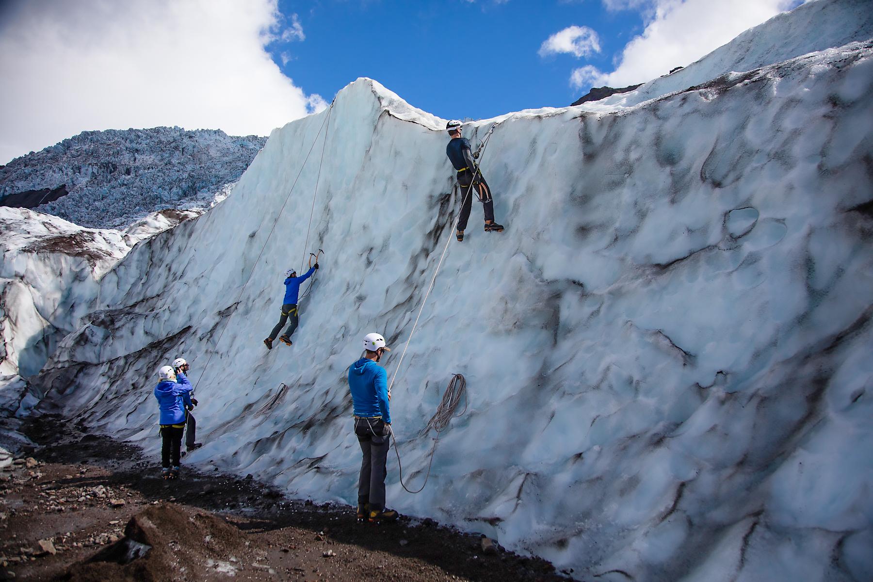 glaciericeclimbingiceland4.jpg
