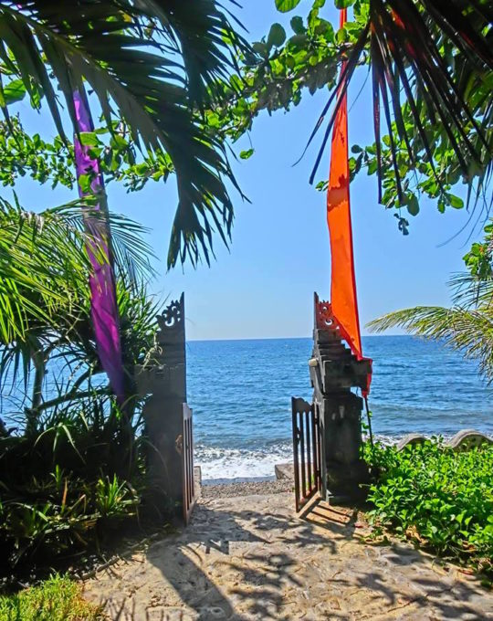 The resort is right on the beach! Snorkle, lounge, swim...a few steps from your room!