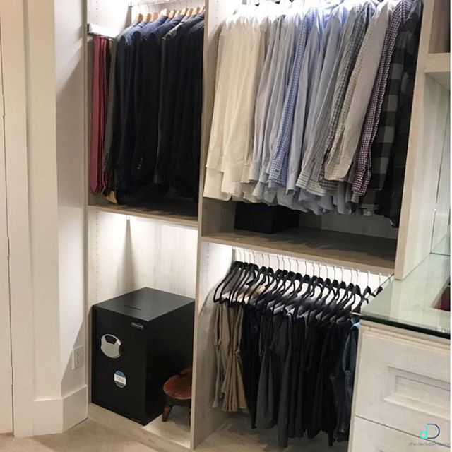 "Another day, another ""closet goals""! This was such a beautiful closet to organize and of course was designed by the amazingly talented Rhonda with @the_closetenvy! Working along side the Closet Envy team is so much fun! Give us a call so we can organize the closet of your dreams! ✨💙 • • • #professionalorganizer #lifestylefrisco #dallasinteriordesign #dallasrealestate #dallasmoms #dallasmomsblog #planomoms #mckinneymoms #organizationideas #dallastx #friscotx #mckinneytx #friscotxnews #friscotxevents #inspohome #closetorganization #friscomoms #allentx #functional #repurposed #dfwrealestate #dallaslife #dallasblogger #closetorganization"