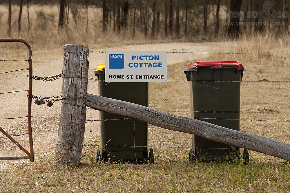 Laneway closed to AGL Coal Seam Gas, Broke, NSW