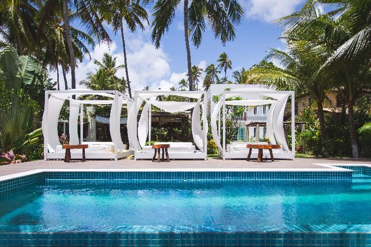 Praiagogi Pool front.jpg