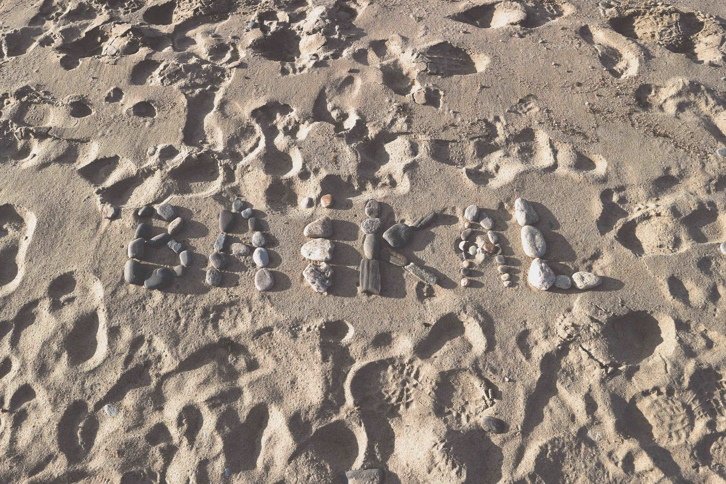 The message on the beach