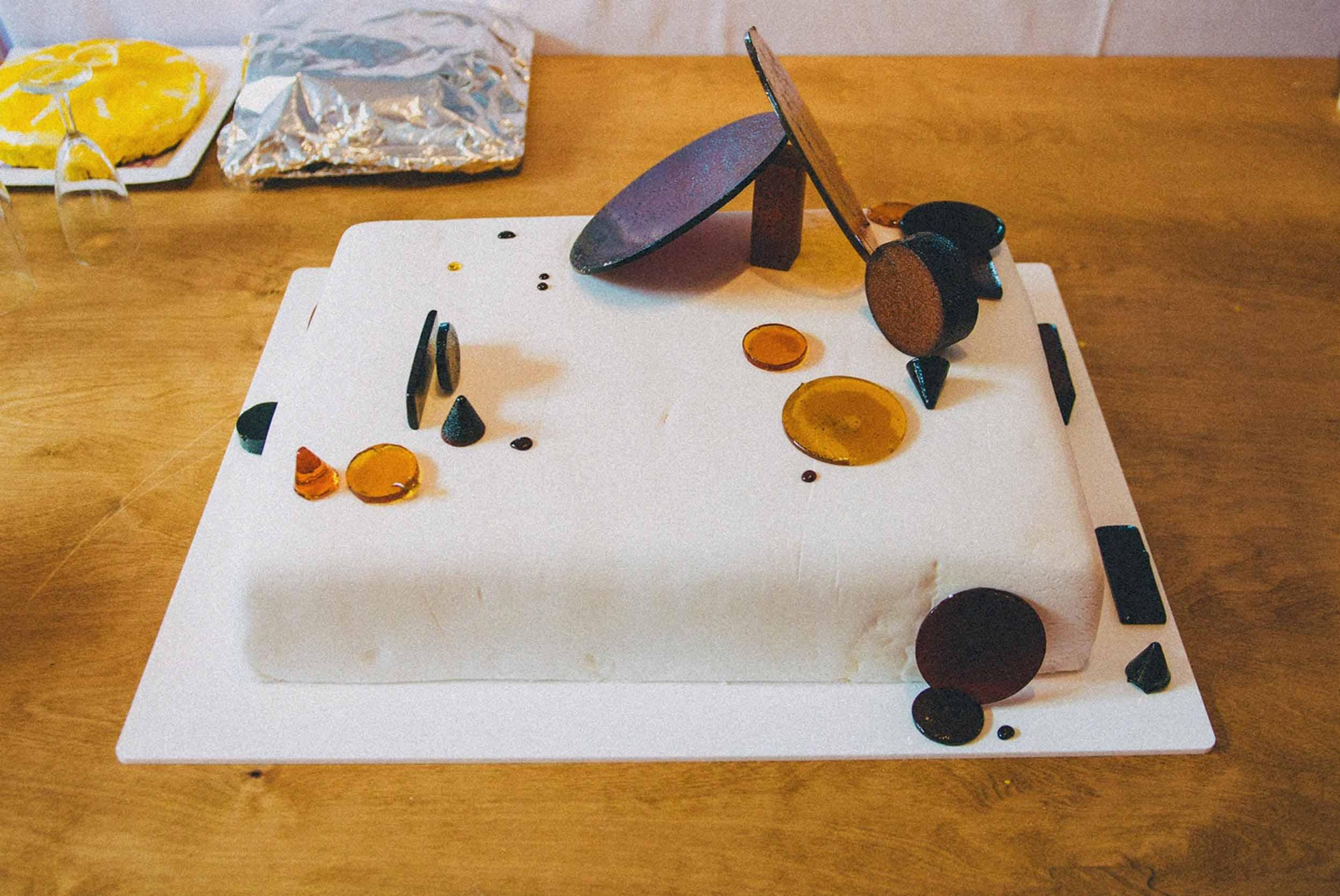 Arty geometric sugar glass wedding cake, by Studio Mali