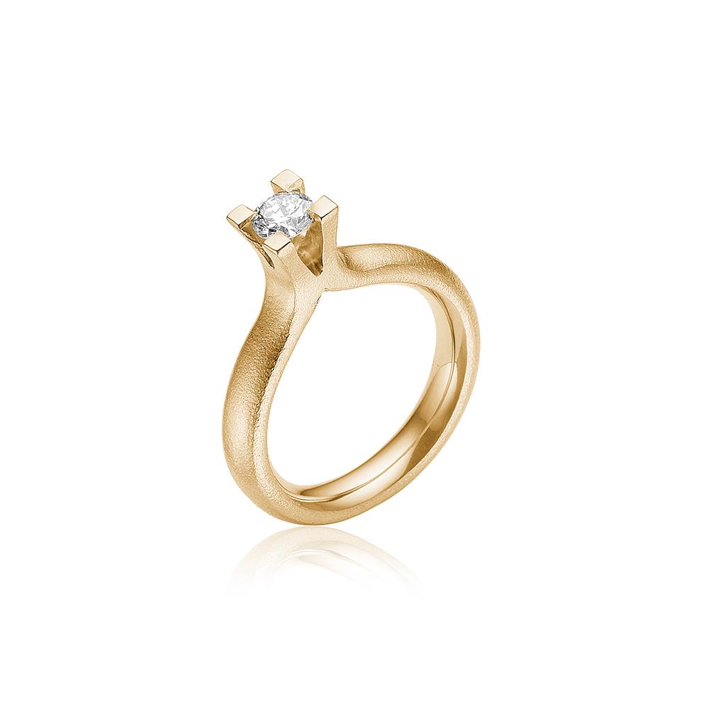 Solitair ring med 0.40ct diamant.