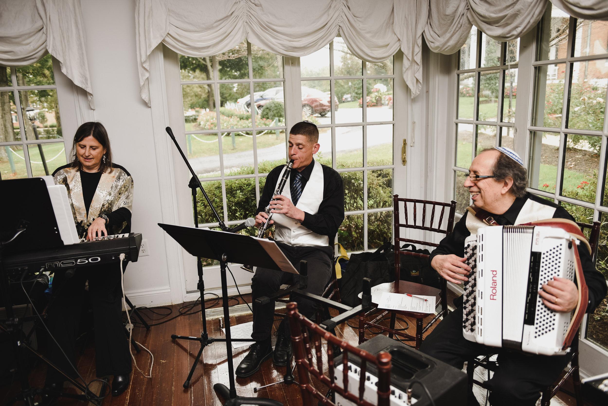 jewish wedding band