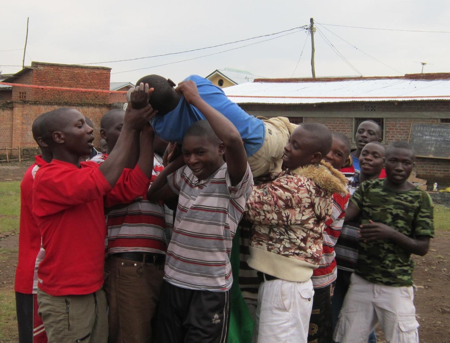 Hozwa Mwana w'u Rwanda