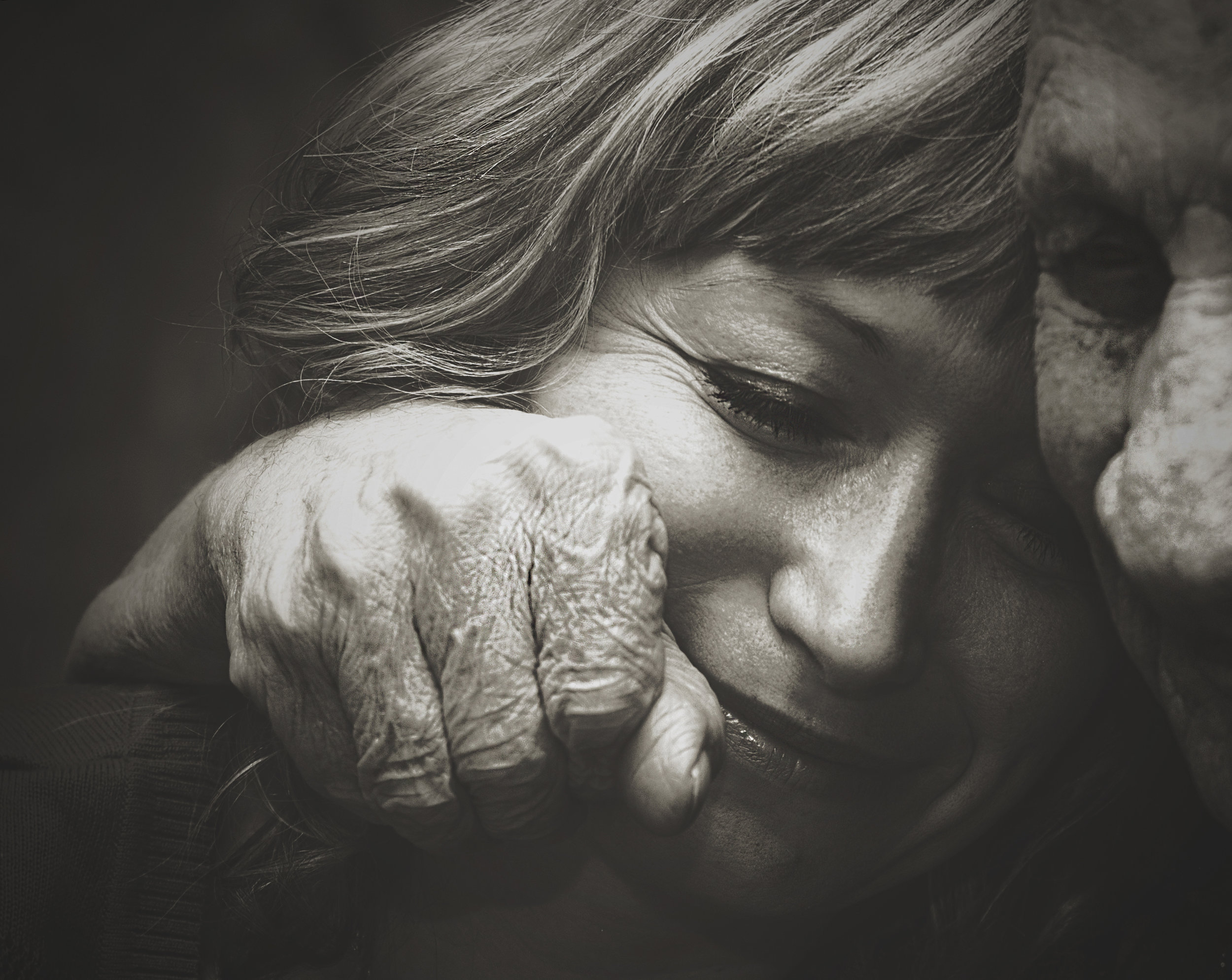Photographer: Samio Rox   Country: -  Title: In the hugs of the grandfather