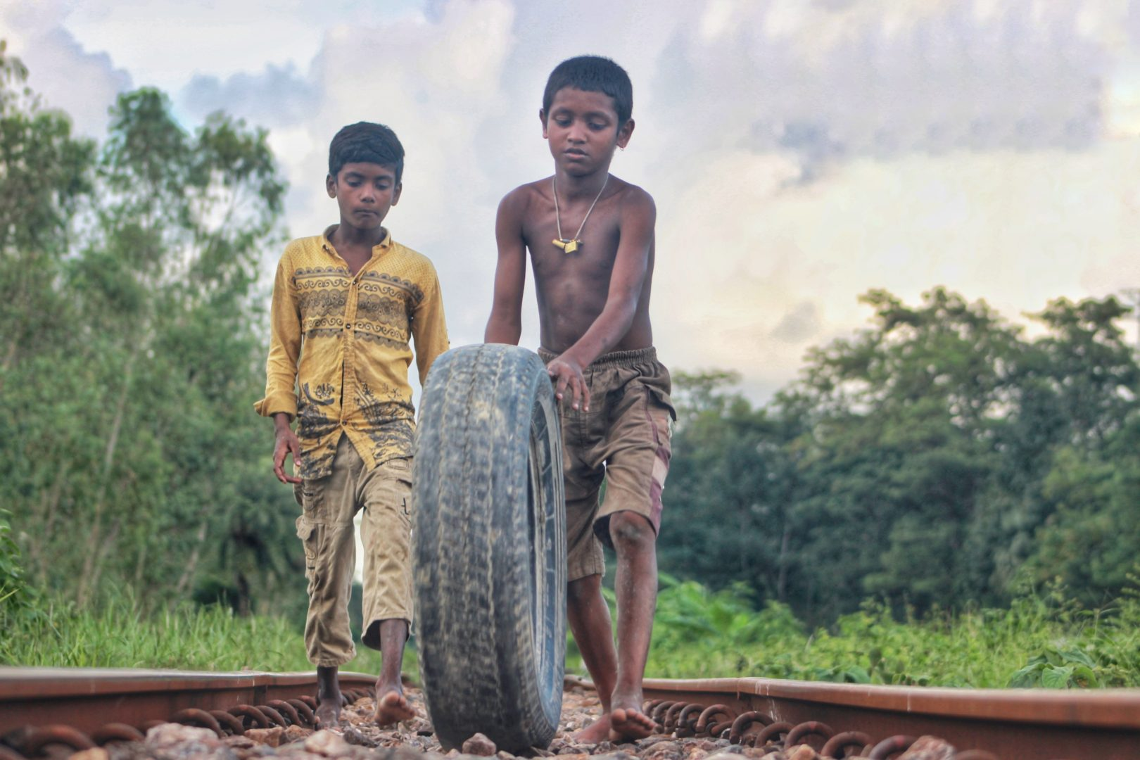 Photographer:   Amdad Hossain   Country:    Bangladesh  Title:    Childhood in Railway Road
