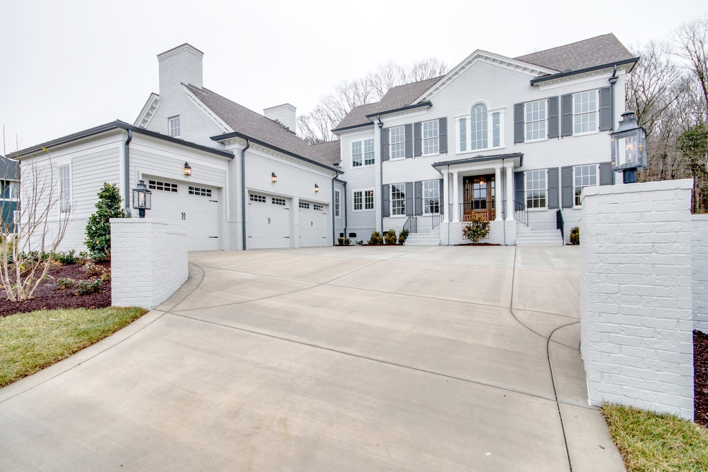 8536 HEIRLOOM BOULEVARD, COLLEGE GROVE, TN 37046