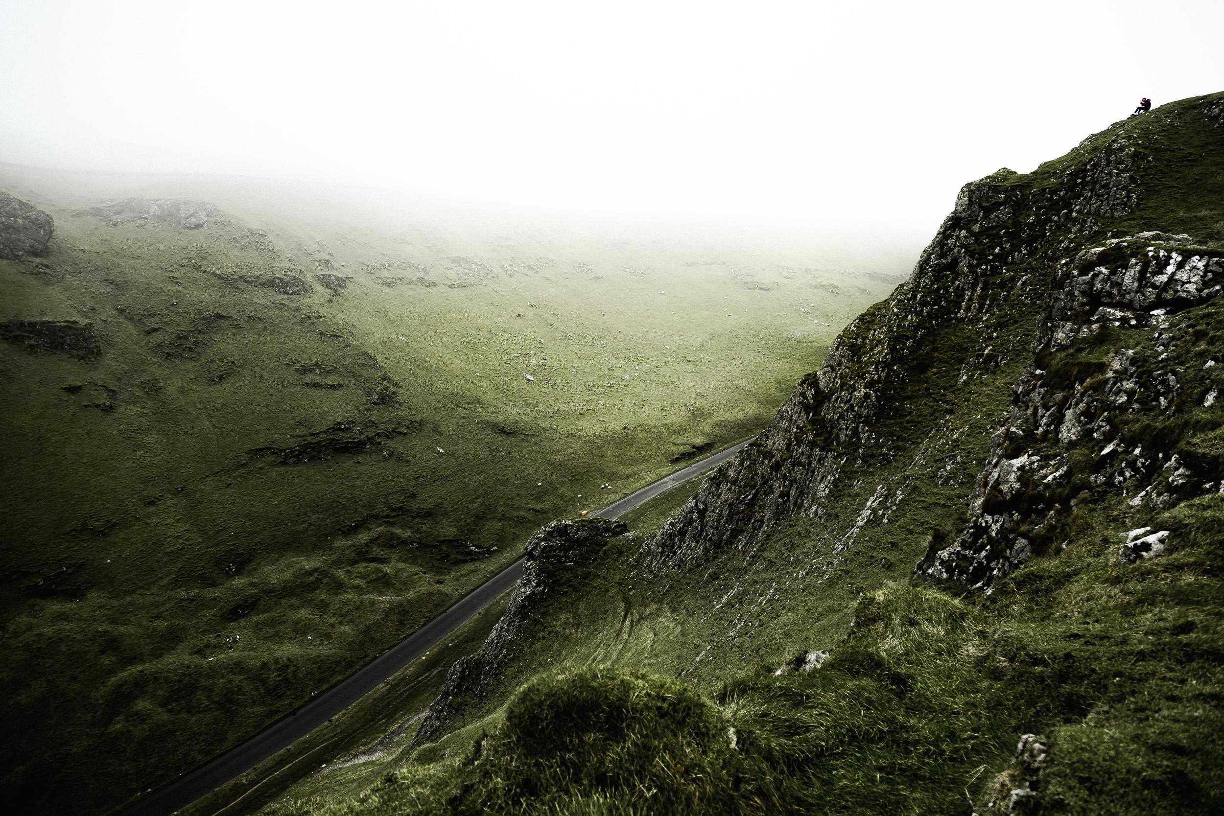 18-winnats-pass-peak-district-hiking-anna-elina-lahti-photographer.jpg