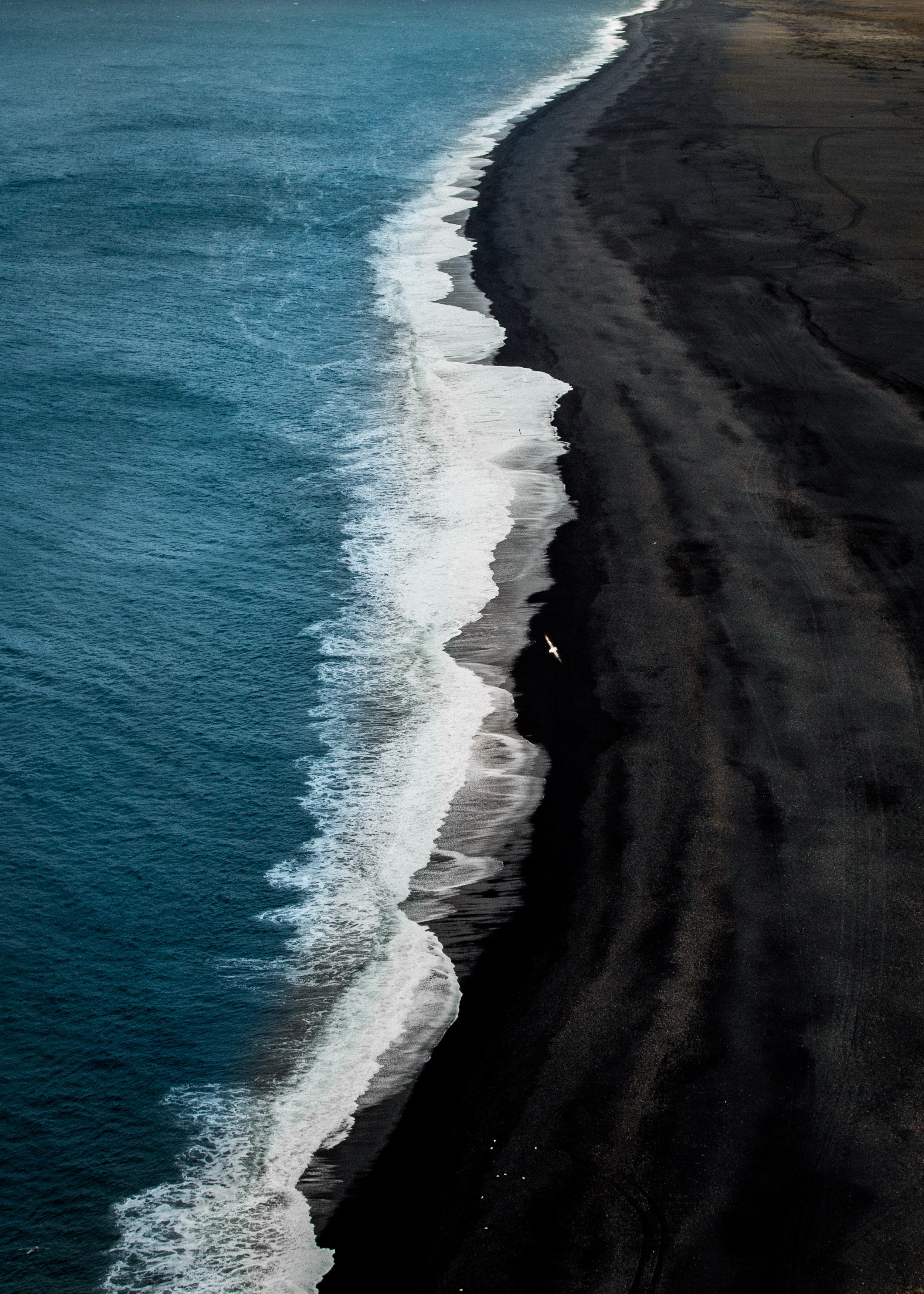 16-iceland-dyrholaey-black-sand-beach-anna-elina-lahti-photographer.jpg
