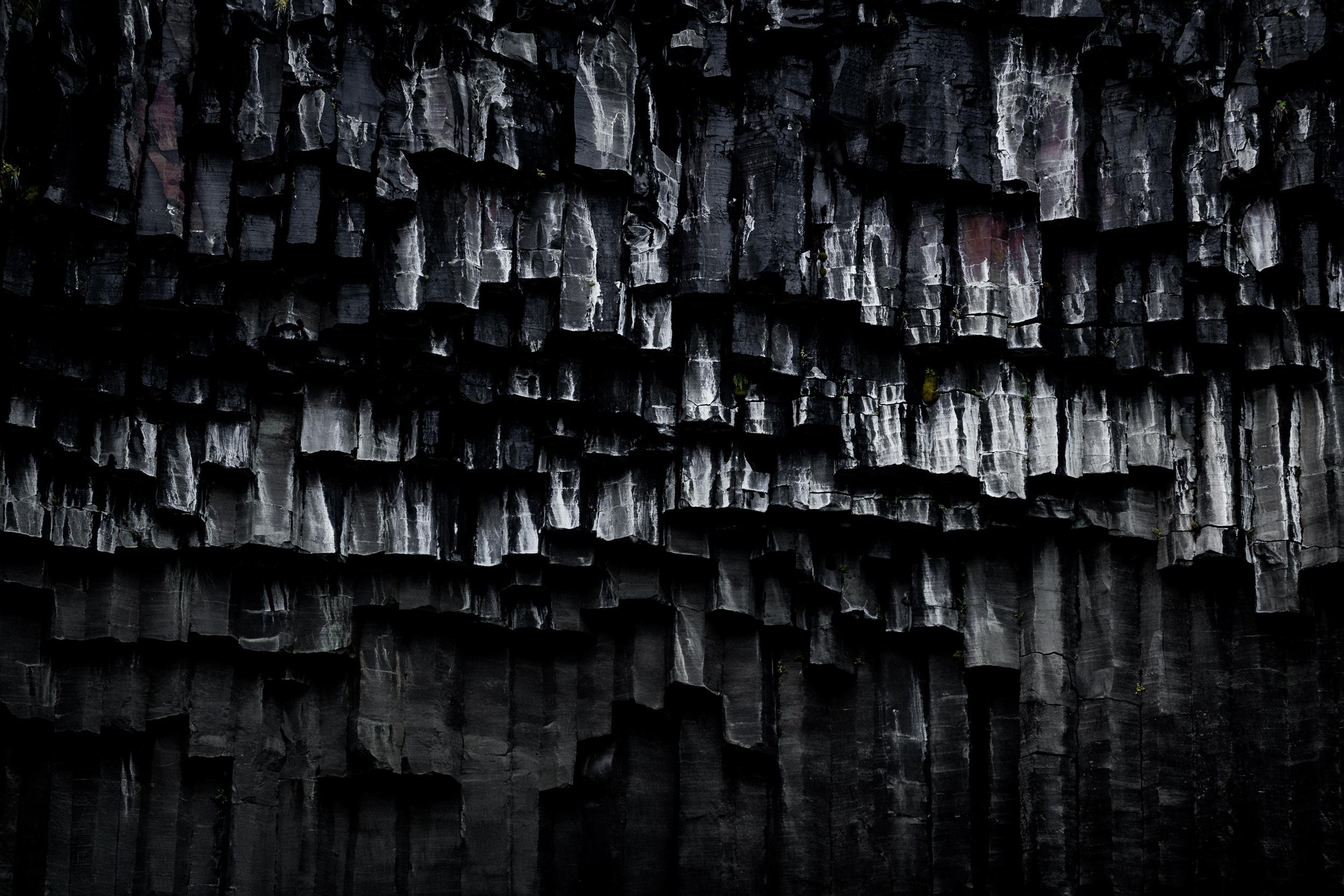 01-iceland-basalt-columns-svartifoss-anna-elina-lahti-photographer.jpg