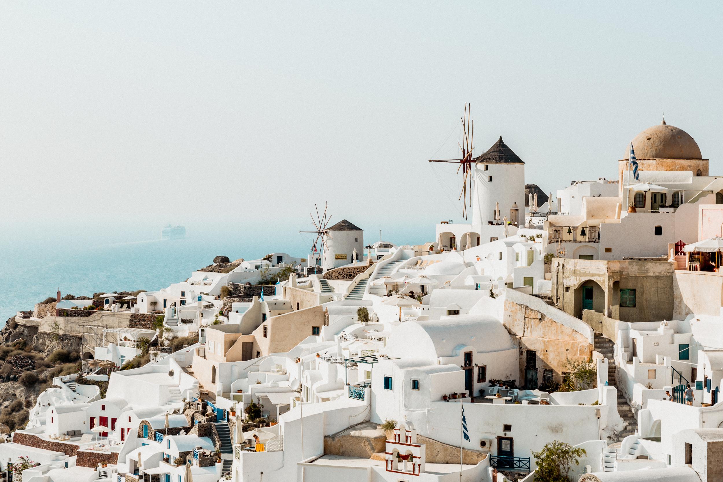 01-santorini-oia-ia-greece-cyclades-travel-anna-elina-lahti-photographer.jpg