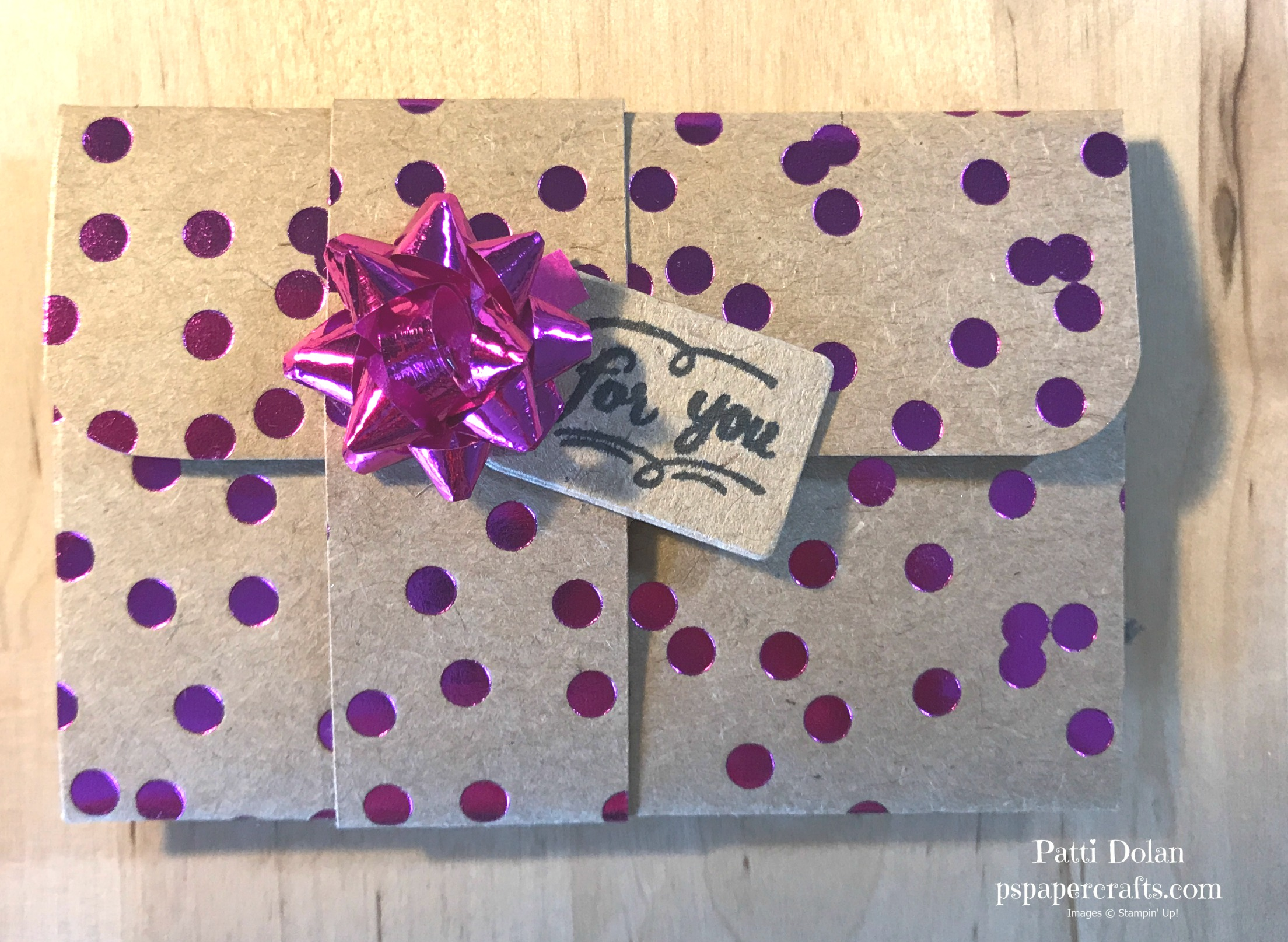 Gift Card Dots.jpg