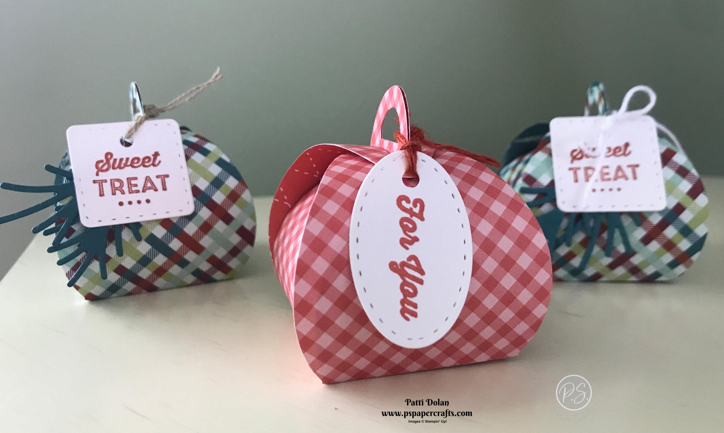 Tiny Keepsakes - Cute Curvy Boxes2.jpg