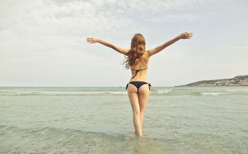 arms-beach-bikini-722036-11561528128336x4wfr9nbfn.jpg