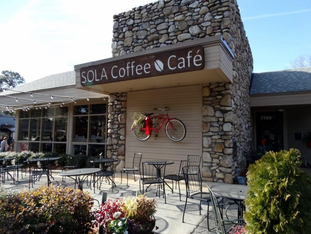 Sola Coffee Cafe via  Hip Green Scene