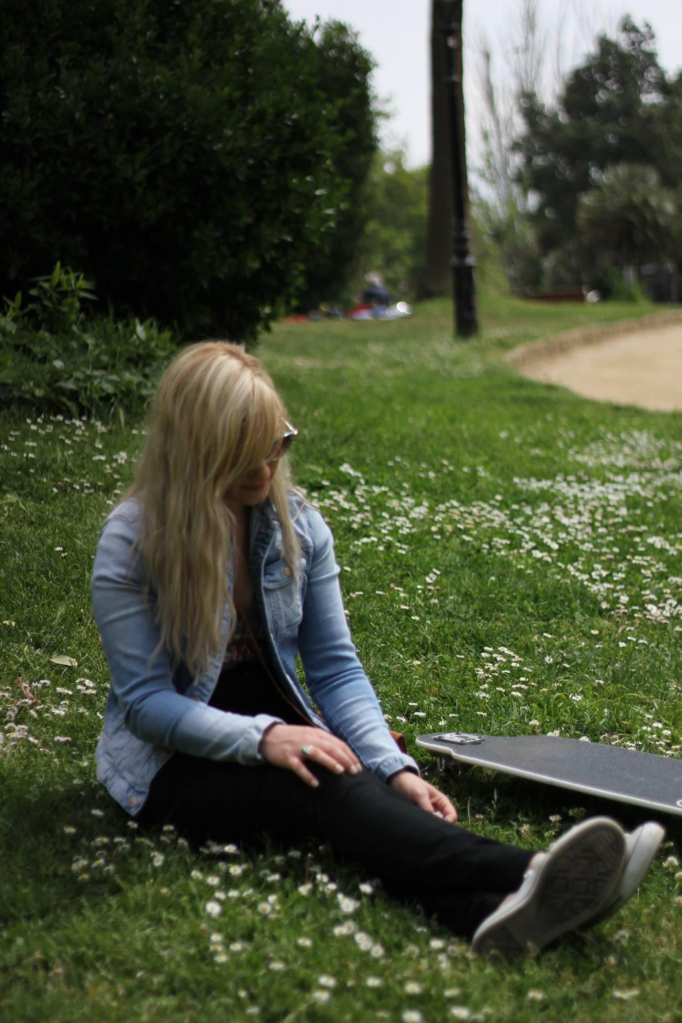 Becky Sizelove and Longboard Barcelona.jpg