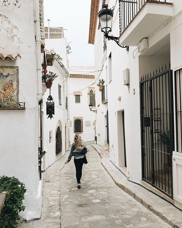 Getting lost in Sitges. This darling little town was the perfect day trip from Barcelona.  #thrivewhereplanted