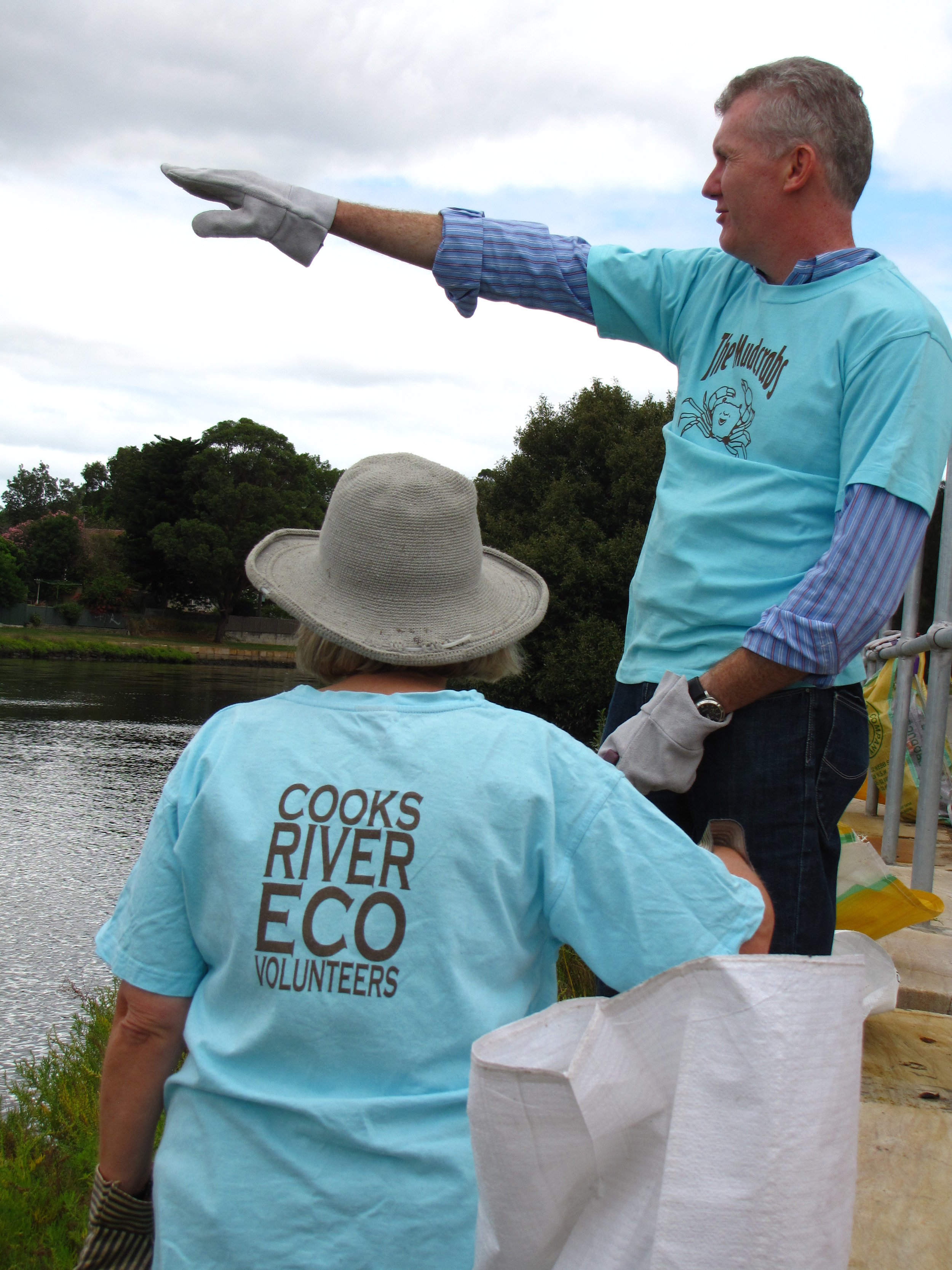 Clean Up Australia Day with the Mudcrabs 2011 008.jpg