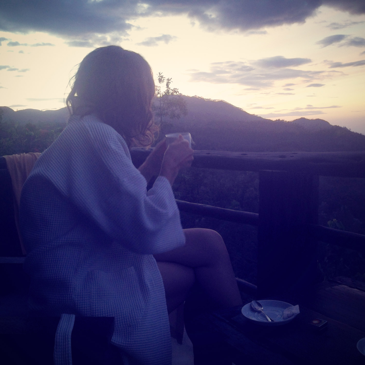 Sunrise cup of tea at 98 acres