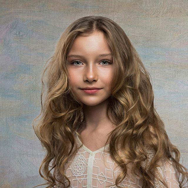 Studio Portrait of Alex @alexandra_lenarchyk #nycphotographer #portrait #portraitphotography #portraitart #worldfaces #teribtalent