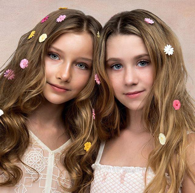 Another Spring inspired shot featuring Alex and Katie wearing @semsem_official @alexandra_lenarchyk @katence_lucas_tara_lucas #nycphotographer #kidsstyle #kidsfashion #photoshoot #fashionkids #semsem #childmodel