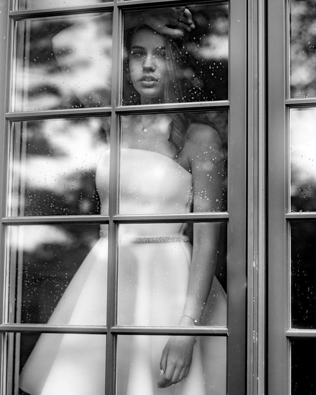 Rain, rain, go away... @kate_corman #portraitart #bwportrait #noir #portraitoftheday #nycphotographer #portraitphotography