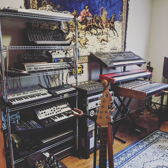 Studio cleaning day! Going vertical for more open space to think 🤘