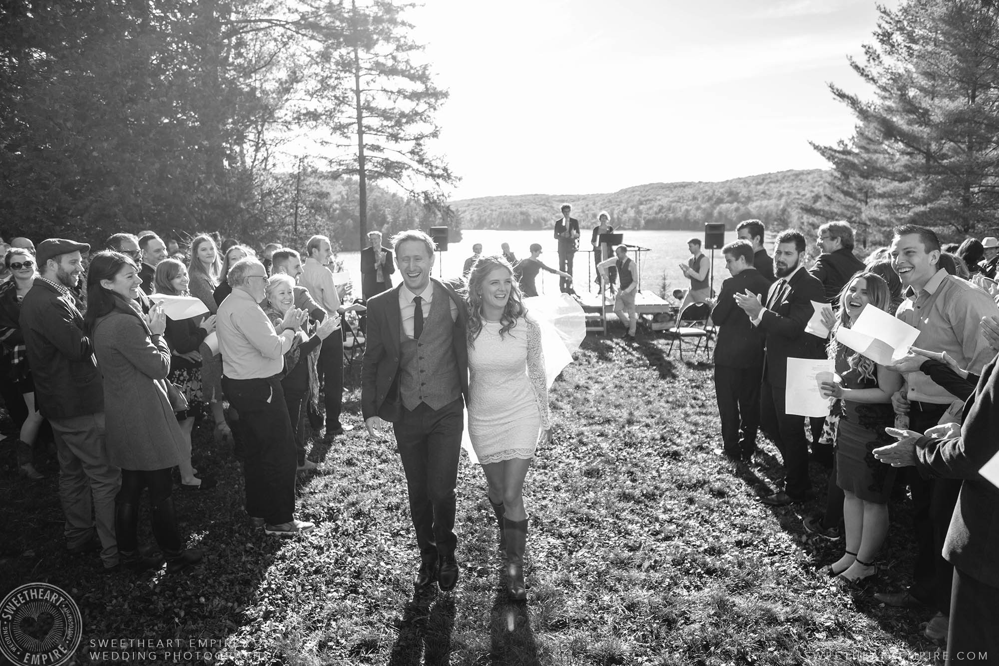 Gatineaus Cottage Unplugged Wedding.jpg