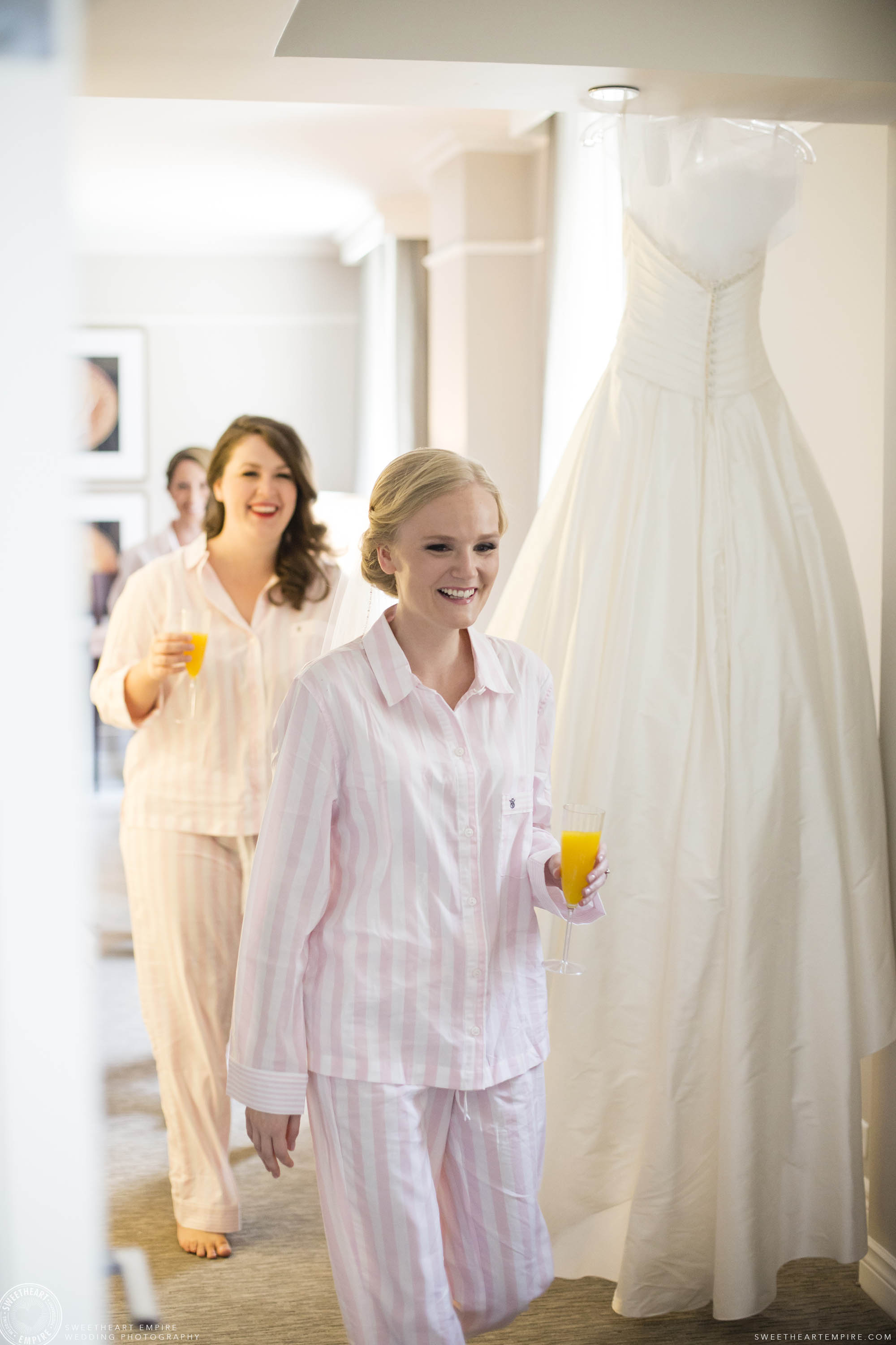 Bridesmaids with champagne mimosas