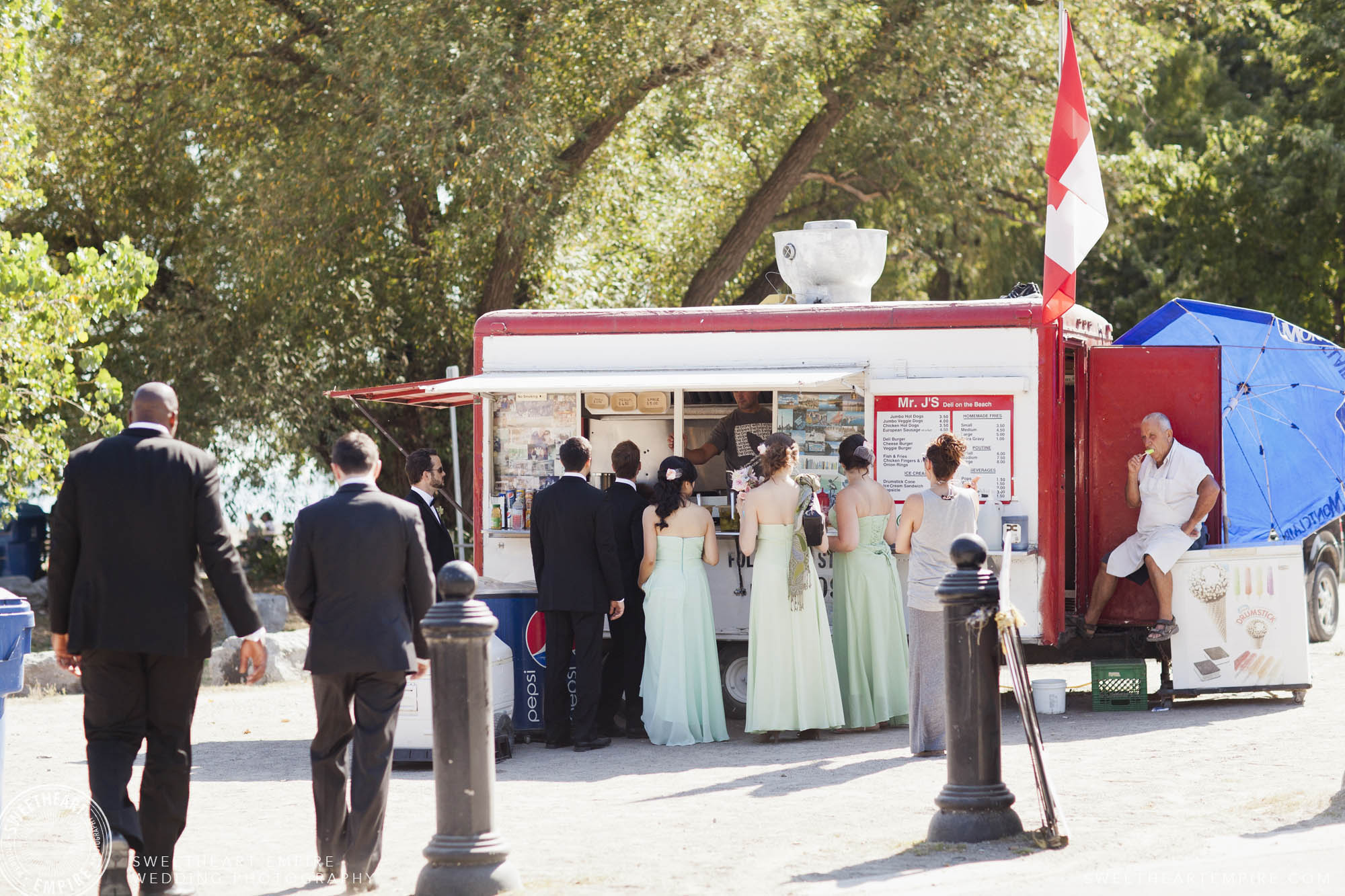 Bridal party visiting a wedding day food truck.