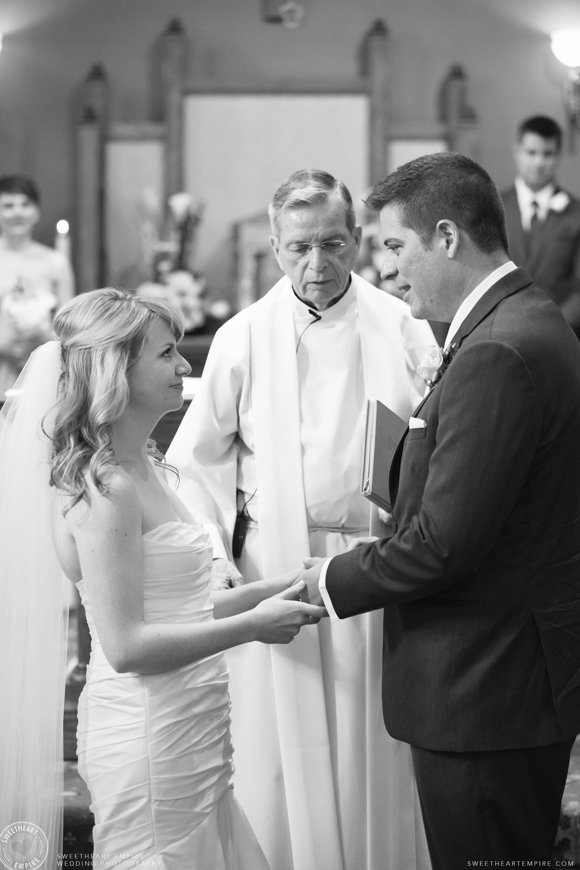 Bride and groom exchanging their wedding vows, Oakville Golf Club Wedding