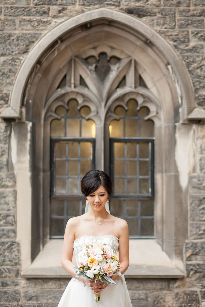 Bride holding her bouquet, Hart House University of Toronto Wedding