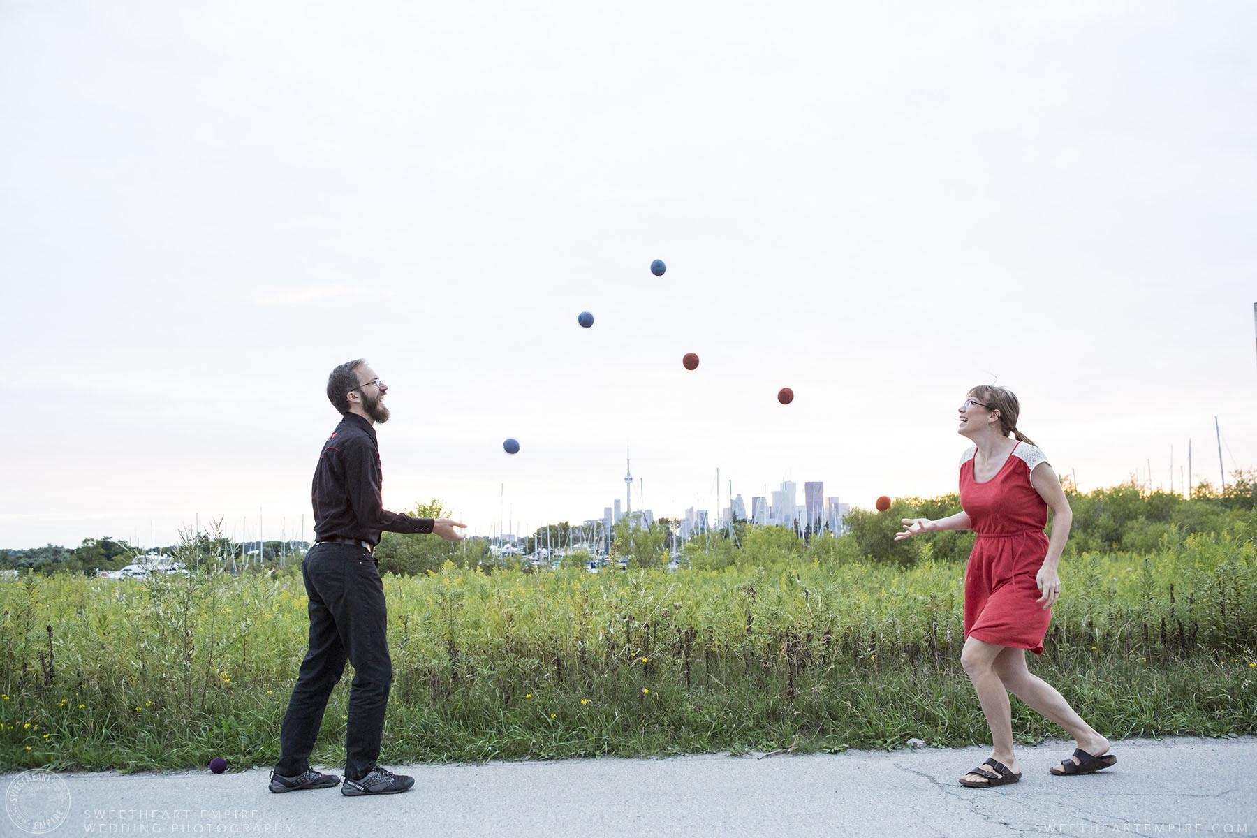 15_Couple Juggling at Leslie Spit.jpg